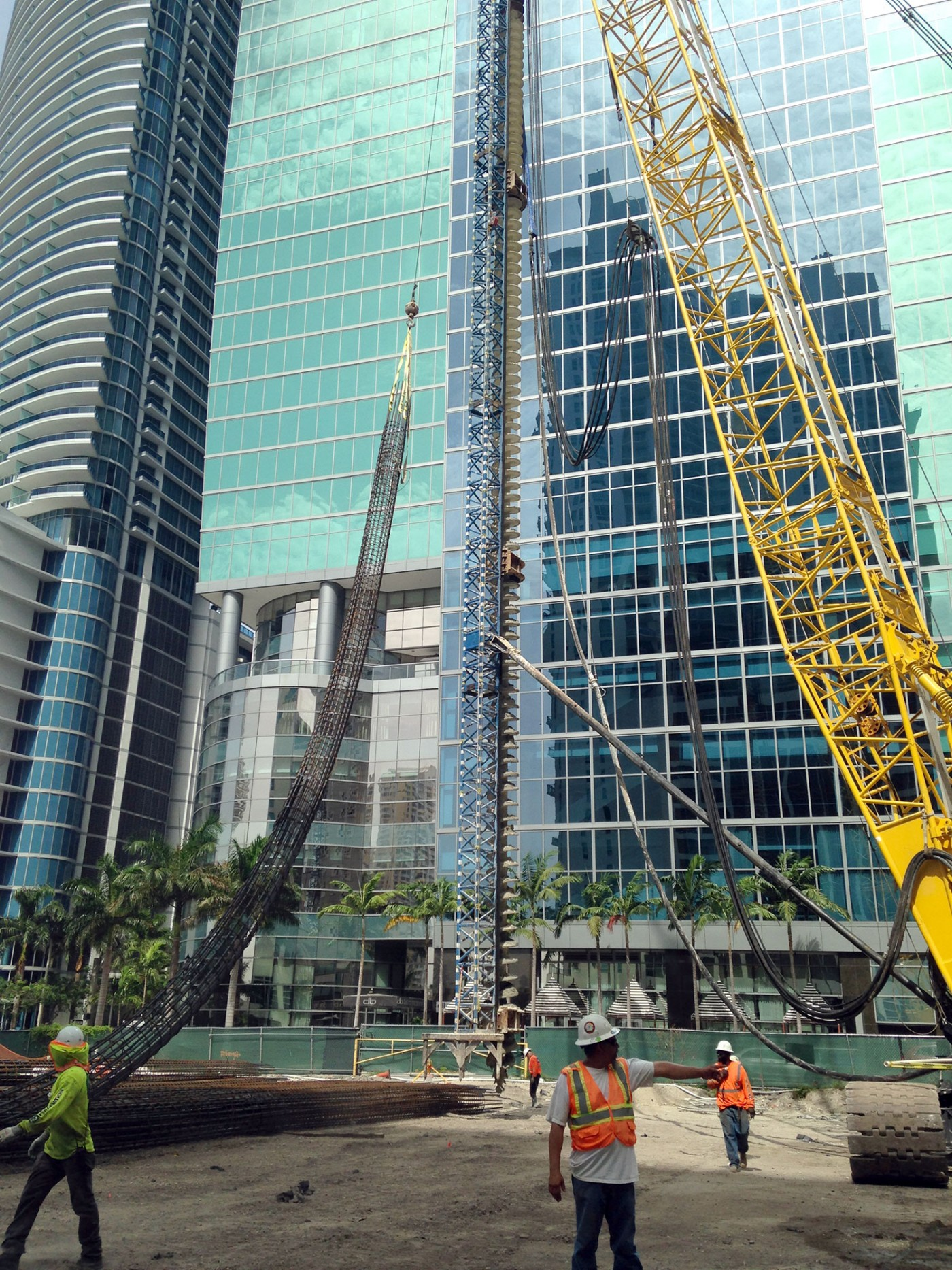 Met Square High Rise auger cast piles